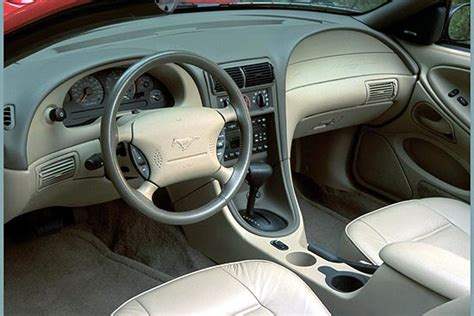 image  ford mustang gt interior size