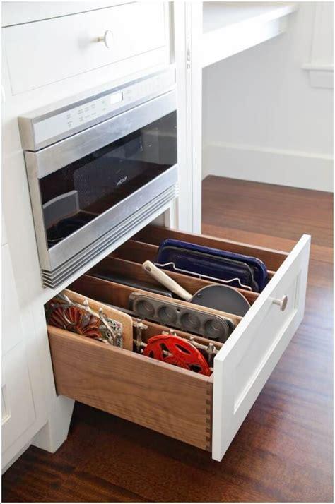 kitchen drawer organizer ideas 10 practical cookie sheet and baking tray storage ideas 4721