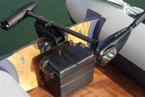 What Size Trolling Motor For 24 Pontoon Boat by Best Way To Mount A Trolling Motor On A Pontoon Boat