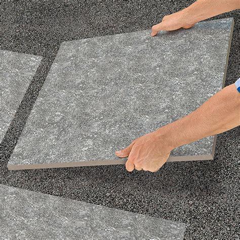 Feinsteinzeug Terrassenplatten 2 Cm by Terrassenplatte Cera 2 0 Granitgrau 60 Cm X 60 Cm X 2 Cm