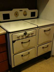 17 Best images about Vintage Kitchen Appliances on ...