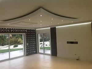 Corniche Plafond Platre : corniche lumineuse pluie de luminaires en 2019 ceiling design false ceiling living room ~ Voncanada.com Idées de Décoration