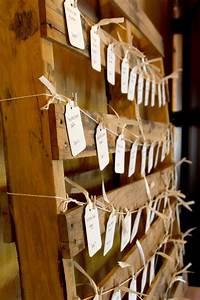 Plan De Table Palette : 17 best ideas about wedding name cards on pinterest wedding table decorations colourful ~ Dode.kayakingforconservation.com Idées de Décoration