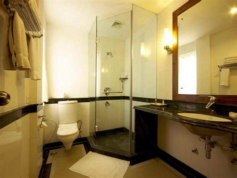 Show Me Bathroom Designs by Small Bathroom Designs Picture Gallery Qnud
