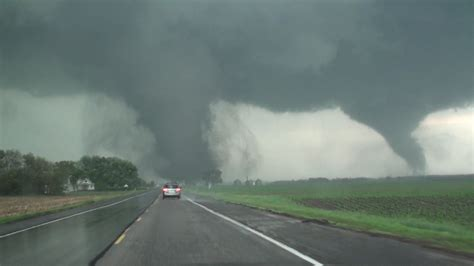 Twin Tornadoes Destroy Nebraska Town Video