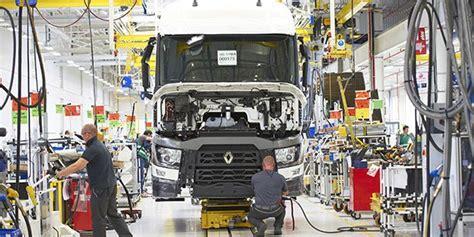 renault trucks bourg en bresse xpo logistics un contrat de 100 m aupr 232 s de renault trucks