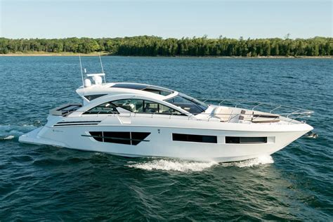 Yacht Boat by 2017 Cruisers Yachts 60 Cantius Power Boat For Sale Www