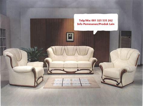 Itulah tadi ulasan dari lima tren sofa minimalis terbaru di tahun 2021 ini. Desain Sofa Tamu Modern Terpopuler, Referensi Kursi Sofa ...