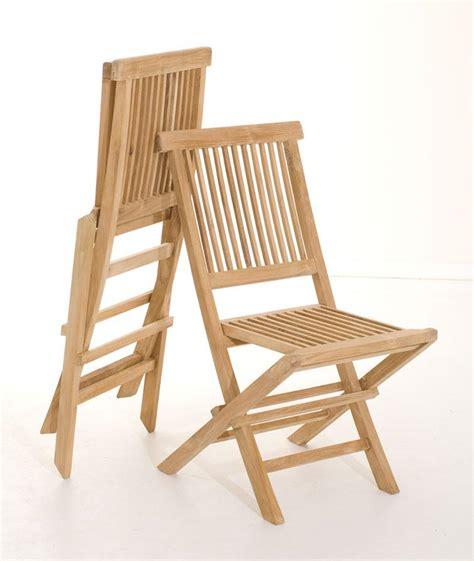 chaise pliante en bois salon de jardin en teck sumbara 18 1 table ronde et 4