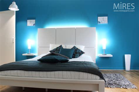 chambre parentale grise chambre bleu électrique c0553 mires