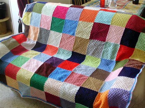 couverture pour canapé elmer terminé photo de couvertures plaids patty crochète