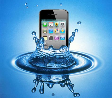 iphone dropped in water how to a phone phone has been dropped in water