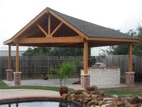 free standing outdoor room pools