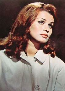 Senta Berger Größe : 361 best senta berger images on pinterest ~ Lizthompson.info Haus und Dekorationen