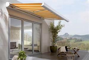 markisen terrassenbedachung sonnenschutz wetterschutz With markise balkon mit tapeten grau silber gestreift