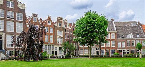 Appartamenti Amsterdam Economici Centro by Begijnhof Il Cortile Delle Beghine Amsterdam