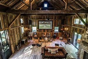 Party Barn With Music Stage and Full Wet Bar Fresh Faces