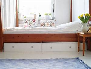 Ikea Schubladen Ordnungssystem : f r mehr ordnung selbstgebaute bettk sten aus alter ikea kommode dasadssd bett kommode ~ Eleganceandgraceweddings.com Haus und Dekorationen