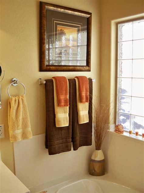 Piano Room, Kitchen, Hallway, & east Living Room wall