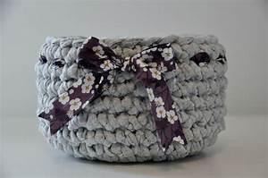 Corbeille Au Crochet : vide poche corbeille crochet crochet 39 s basket on pinterest crochet baskets trapillo and ~ Preciouscoupons.com Idées de Décoration