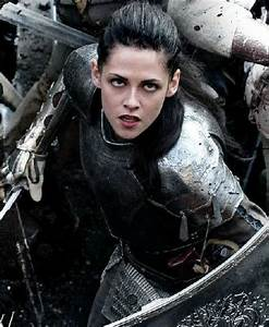 G3 Review: Snow White and the Huntsman | Girls Gone Geek