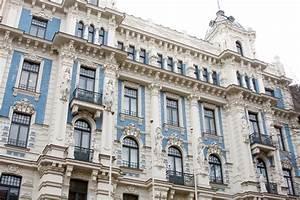 Art Nouveau Architecture : art nouveau architecture moldova a peace corps adventure ~ Melissatoandfro.com Idées de Décoration