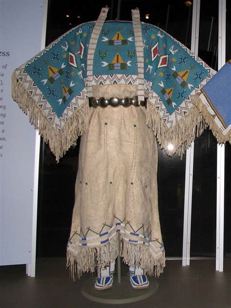 yankton dakota sioux  hide pattern dress  fully