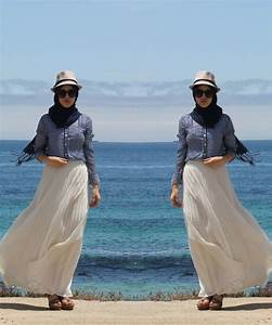 Outfit Ke Pantai Hijab