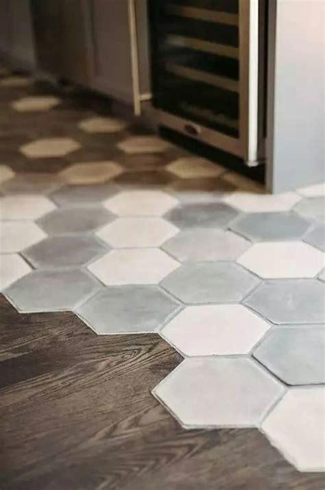 cuisine carrelage parquet mélange parquet carrelage pour le sol dans la cuisine sols et murs living rooms