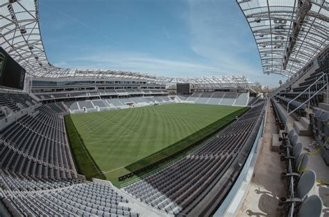 Los Angeles  Banc Of California Stadium (22,000) Page