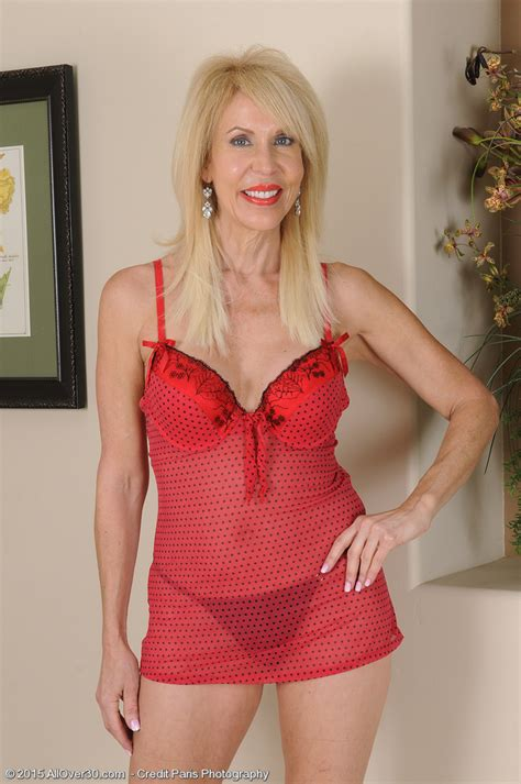 Nude women over 60 years old-nude gallery