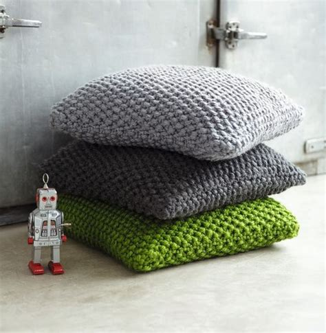 faire des coussins de canapé tricot coussins tricoter coussins en astuces