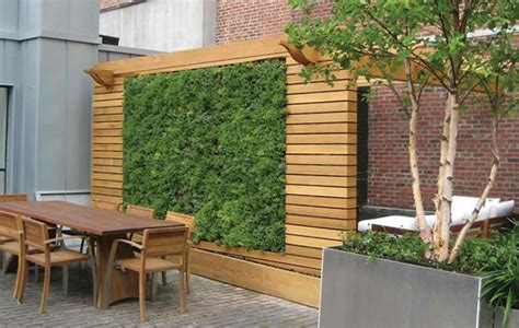 Wonderful Wooden Fence Ideas For Your Outdoor Decor