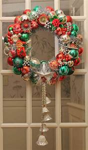 Our, Tutorial, And, 30, Tips, To, Make, Your, Own, Vintage, Christmas, Ornament, Wreath