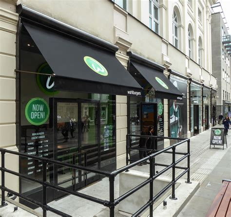 wahlburgers greenwich covent garden awnings deansblinds