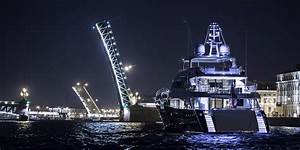 Yacht FLYING FISH A Princess 40M Superyacht