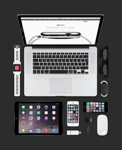 Apple Gadgets Technology Mockup Consisting Macbook, Ipad