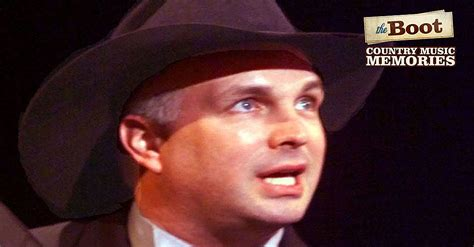 country  memories garth brooks releases  pieces