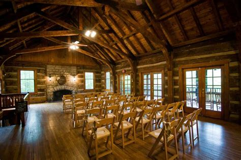 Table Rock Lodge Wedding Photos and Information