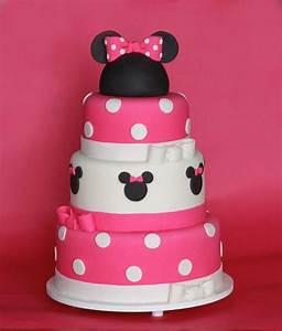 Minnie Mouse Birthday Cake | Bow-tastic! How to Throw a ...