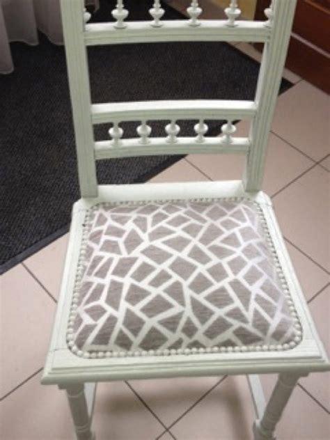 rempailleur de chaise restauration et transformation de chaises et fauteuils