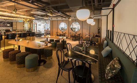 Common man coffee roasters is a specialty coffee roaster, wholesaler, cafe and academy based in singapore and operating throughout asia. Common Man Coffee Roasters restaurant review - Kuala Lumpur, Malaysia   Wallpaper*