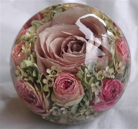 trendtuesday unique ways  preserve  bridal bouquet