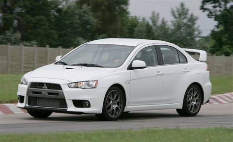 Mitsubishi Lancer Evo 2008 2008 mitsubishi lancer evolution information and photos