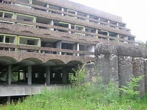 Modern ruins - Wikipedia  Modern