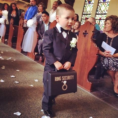 10 flowers and ring bearers who stole the spotlight from the groom bored panda