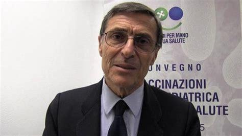 Alberto Mantovani by Alberto Mantovani Riceve Il Premio Europeo Oncologia 2016