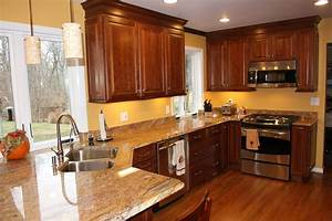 kitchen wall colors with dark wood cabinets 712