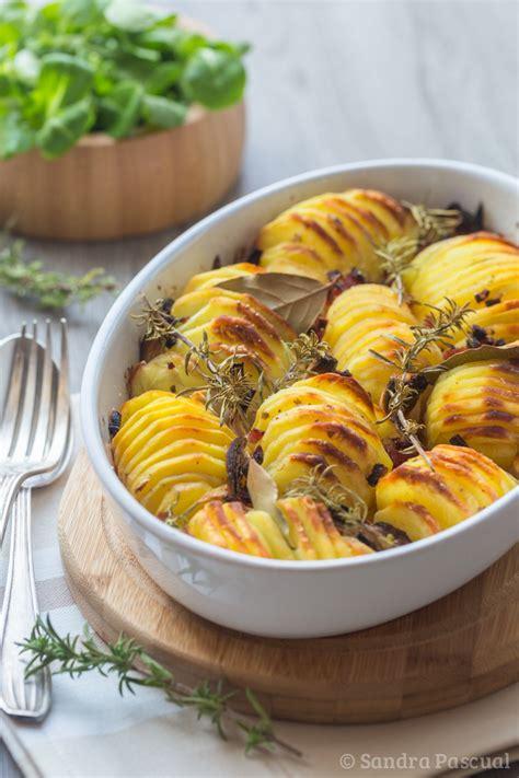 cuisine grecque traditionnelle pommes de terre rôties croustillantes cuisine addict
