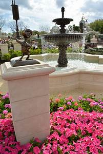 MouseSteps - Iconic Magic Kingdom Rose Garden Closes to ...